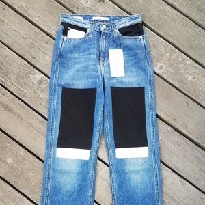 New! Calvin Klein- Kneeling Patch Jeans High Rise